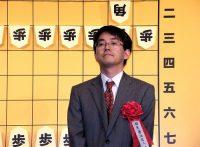 この画像は、サイトの記事「将棋 羽生善治 解説 テレビやネットで話題 YouTube注目無料視聴動画ご紹介!」のイメージ写真画像として利用しています。