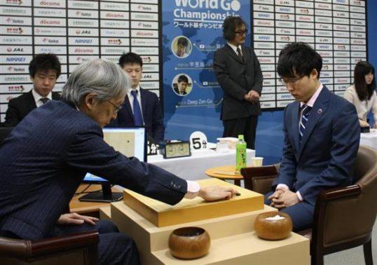 この画像は、サイトの記事「井山裕太 AI テレビやネットで話題 YouTube注目無料視聴動画ご紹介!」のイメージ写真画像として利用しています。